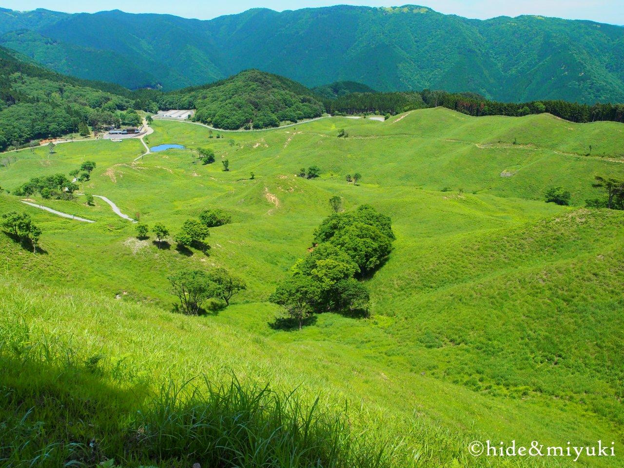 砥峰高原の景色(上から2)