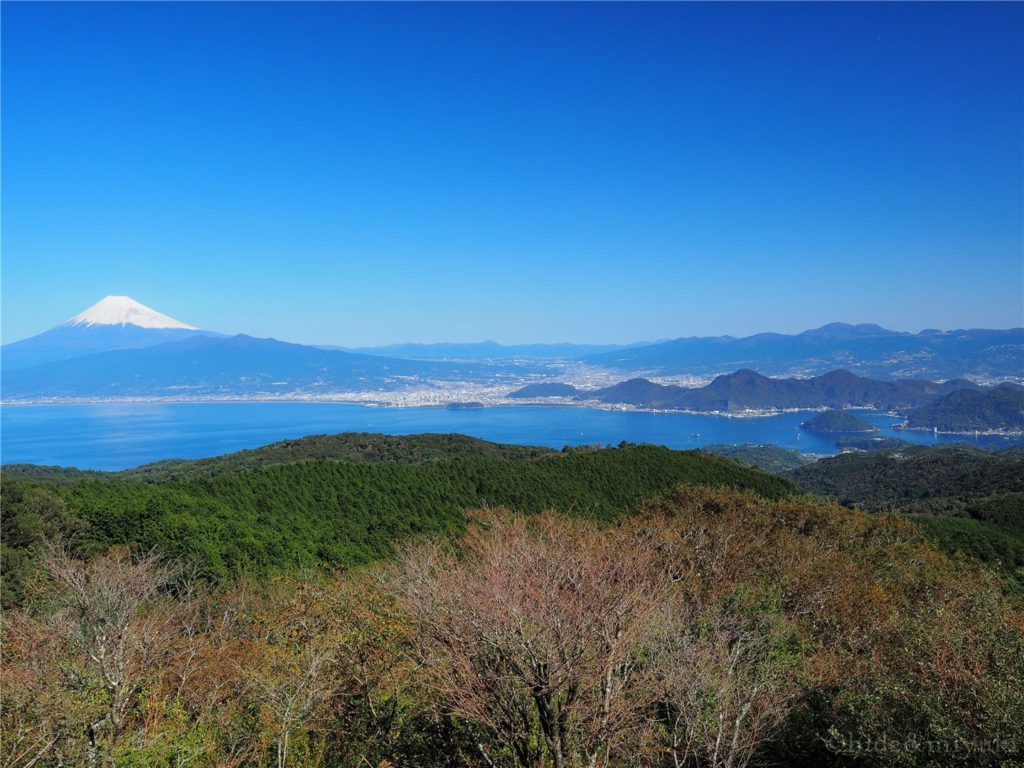 だるま山高原レストハウス裏手からの景色1