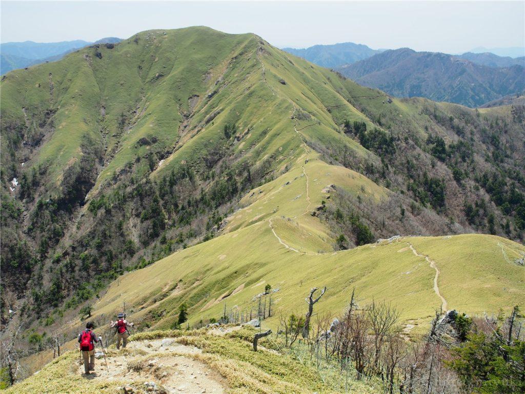 剣山山頂からの景色。絶景です...